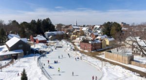 Portsmouth, The One Christmas Town In New Hampshire That's Simply A Must Visit This Season