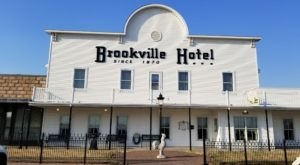 Open Since 1870, Brookville Hotel Has Been Serving Chicken Dinners In Kansas Longer Than Any Other Restaurant