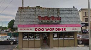 Transport Back To The '50s At Doo Wop Diner In Massachusetts