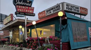 Johnnie's Pastrami In Southern California Will Transport You To Another Era