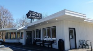Along With Delicious Food, Gracie's Luncheonette In New York Has Picture-Perfect Mountain Views
