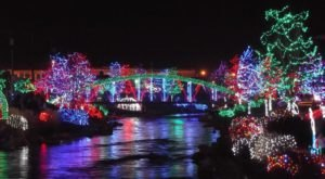 Watch Indian Creek Light Up With A Million Lights At The Winter Wonderland Festival In Idaho
