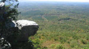 7 Short And Sweet Fall Hikes In Alabama With A Spectacular End View