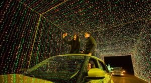 Drive Through Millions Of Lights At World Of Illumination In Arizona This Holiday