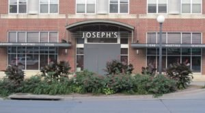 Treat Yourself To The Most Delicious Lobster Dinner In Iowa At The Elegant Joseph's Steakhouse
