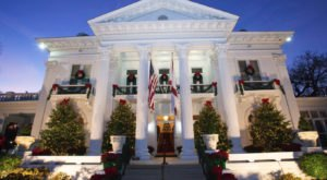 The Governor's Mansion In Alabama Gets All Decked Out For Christmas Each Year