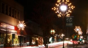 Visit Canonsburg, The One Christmas Town In Near Pittsburgh That's Simply A Must Visit This Season