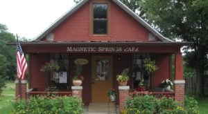 The Small Town Cottage Restaurant In Ohio Called Magnetic Springs Cafe Is Hiding Along Charming Country Roads