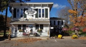 Riverton General Store In Connecticut Will Transport You To Another Era