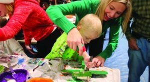 Make Toys With Santa's Elves At The Farmpark Toy Workshop Near Cleveland
