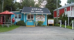 Don't Pass Up Doris', A Tiny Shack That Serves Some Of The Best Hot Tamales In Mississippi