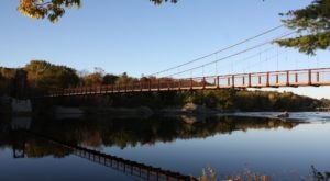 The Longest Swinging Bridge In Maine Can Be Found In Topsham And The Views Are Unbeatable