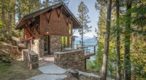 Have A Luxurious Night At Le Petit Bijou, A Cabin In The Treetops of Idaho