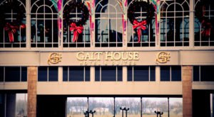 The Galt House Hotel Just Might Be The Most Beautiful Christmas Hotel In Kentucky