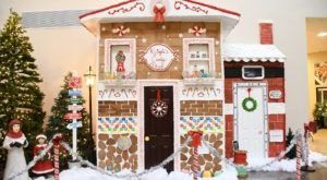 The Life-Sized Gingerbread Village Near Buffalo That'll Fill You With Christmas Cheer
