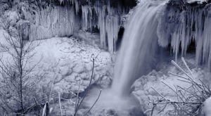This Gorgeous Minnesota Waterfall Has Nearly Frozen Over And The Result Is Mesmerizing