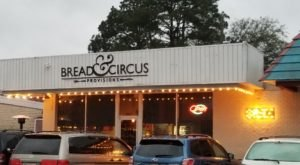 The Wood Fired Neapolitan Pizzas At Bread & Circus Are Some Of The Best In Louisiana