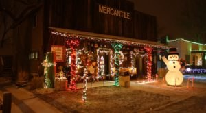 The Historic Western Town Of Medora In North Dakota Gets All Decked Out For Christmas Each Year