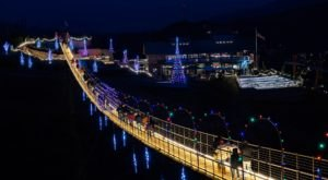 The Longest Suspension Bridge In The Country, Tennessee's Skybridge, Looks Absolutely Magical At Christmastime