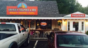 Indulge In The Best Of Both Worlds At George's Seafood And BBQ In New Hampshire