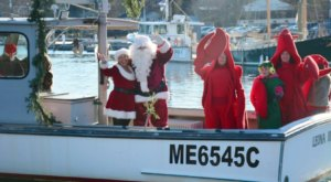 Santa Arrives By Boat To Kick Off The Most Beautiful Christmas Celebration In Maine