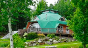 This Solar-Powered Geodesic Dome Airbnb In Vermont Is An Eco-Friendly Dream