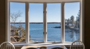 East Ledge Cottage In Maine Offers Quintessential Craggy Coast Views Right From The Living Room