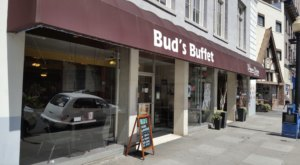 Bud's Buffet In Northern California Has Some Of The Very Best Cafeteria-Style Food In The Nation