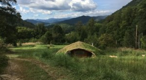 There's A Hobbit-Themed Airbnb In North Carolina And It's The Perfect Little Hideout