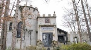Stumbling Upon Williamswood Castle, A Hidden Castle In Tennessee, Will Feel Like A Winter Fairy Tale