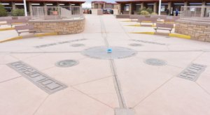 You Can Stand In Four Different States At Once In The Town Of Teec Nos Pos, Arizona