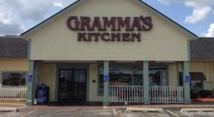 The Coziest Place For A Winter Iowa Meal, Gramma's Kitchen, Is Comfort Food At Its Finest