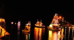 The Christmas Light Boat Parade In Alabama You Don't Want To Miss This Holiday Season