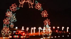 5 Drive-Thru Christmas Lights Displays In Alabama The Whole Family Can Enjoy