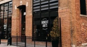 Honest Abe's In Nebraska Has Over 8 Different Burgers To Choose From