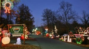 Celebrate The Beauty Of Winter During The Christmas Light Tour At Pine Lodge Resort In Oklahoma