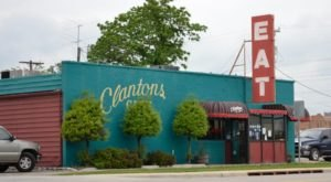 People Come From Around The World To Enjoy The Southern Cuisine At Clanton's Cafe In Oklahoma