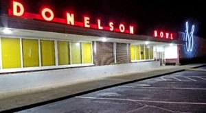 There's A Vintage Bowling Alley From The 1960s In Tennessee Called Donelson Bowl