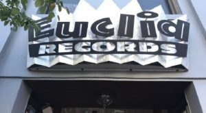 The Largest Record Store In Missouri Has More Than 100,000 Records