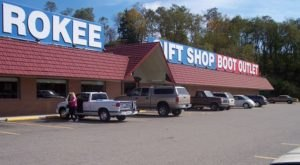 Cherokee Gift Shop And Boot Outlet In West Virginia Is Like No Other Gift Shop In The World
