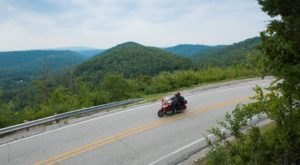 This Curvy Swervy Road In Arkansas Is An Underrated Scenic Mountain Drive