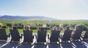 Road Trip To 4 Different Wineries On This Idaho Wine Shuttle