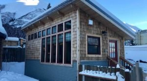 The Most Architecturally Stunning Coffee House In Alaska Now Has A Cottage You Can Rent