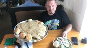 The Big Rhonda Challenge At Mississippi's Dave's Triple B Is For The Brave And The Very Hungry