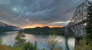 Oregon's Bridge Of The Gods Is A Man-Made Treasure With A Cool Legend