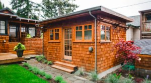 Have An Urban Glamping Experience At This Cozy Cottage In Washington