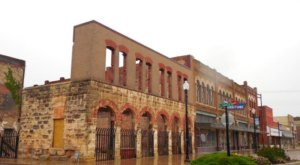 7 Historic And Charming Small Oklahoma Towns That Are Worth Visiting In The Winter