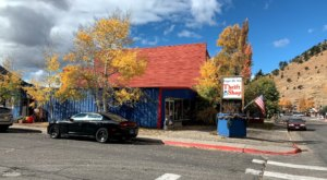 If You Live In Wyoming, You Must Visit The Impressive Forget-Me-Not Thrift Store At Least Once