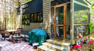 A Modern Tiny House Near The Contoocook River In New Hampshire Lets You Glamp In Style