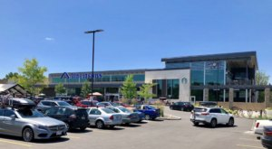 There's A Two-Story Albertsons In Idaho That'll Take Your Grocery Shopping To The Next Level